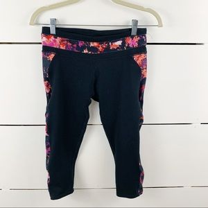FABLETICS Floral Panel Cropped Leggings Size Small